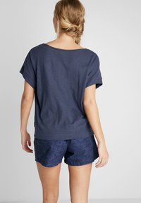 Columbia - SUMMER CHILL TEE - Basic T-shirt - nocturnal - 2