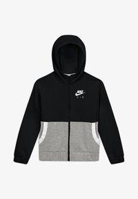 black/carbon heather/white/white