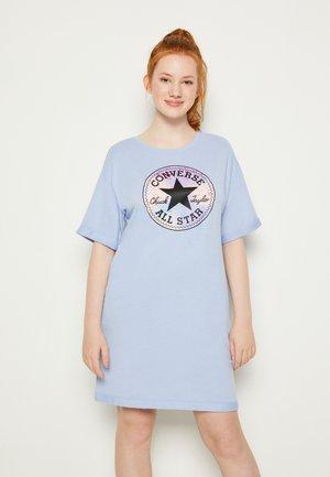 SHORT SLEEVE CHUCK PATCH  - Day dress - blue heron
