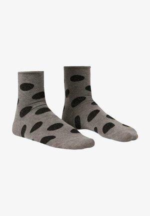 MIT NUANCIERTEM MUSTER - Socks - maxi pois grigio