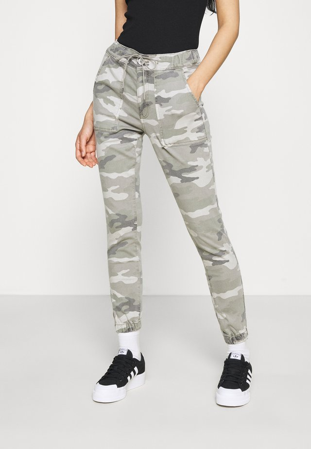 HIGH RISE JEGGING JOGGER - Trousers - grey