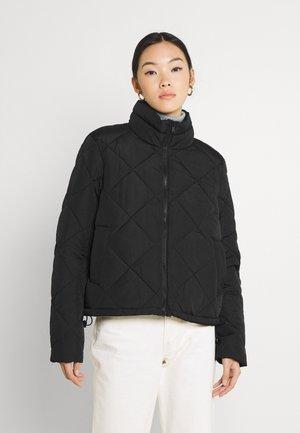 NMLAUDY SHORT JACKET - Light jacket - black