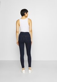 Marks & Spencer London - Jeggings - blue denim - 2