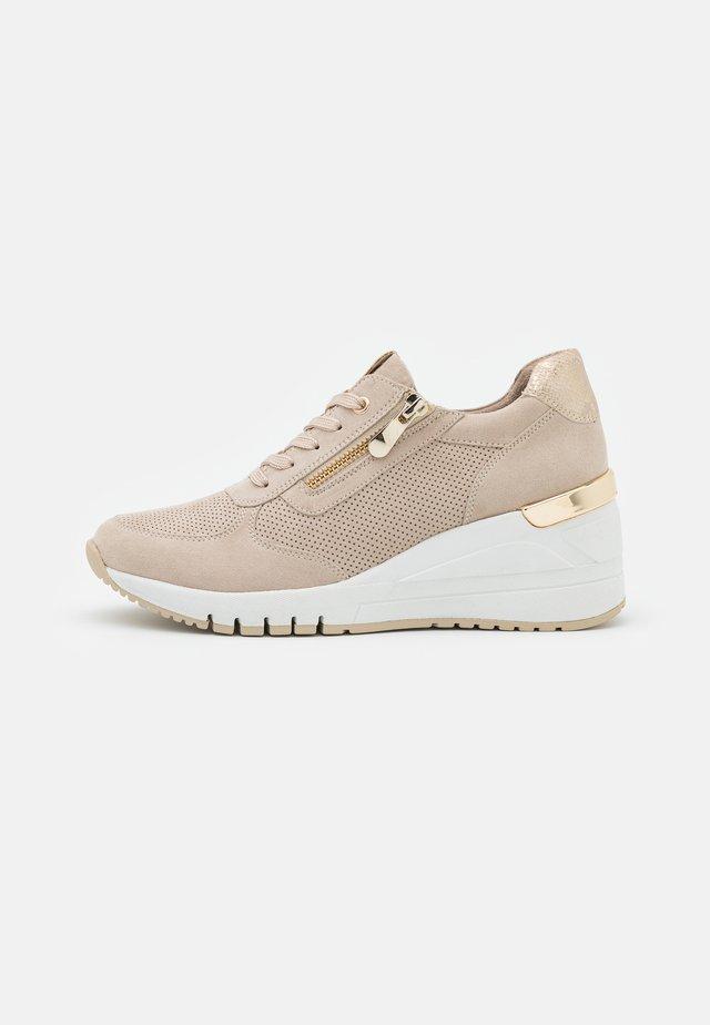 Sneakers laag - dune