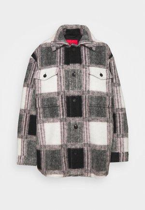FIMBERLY - Winter jacket - black