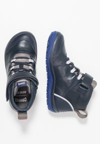 Camper - PEU PISTA KIDS - Classic ankle boots - navy - 0