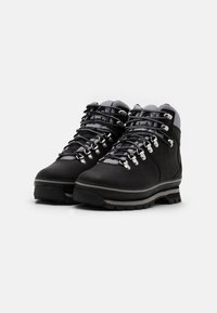 Timberland - EURO HIKER WP BOOT - Lace-up ankle boots - black - 2