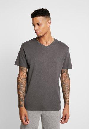 JORSAIFUL TEE NECK  - T-shirt - bas - asphalt