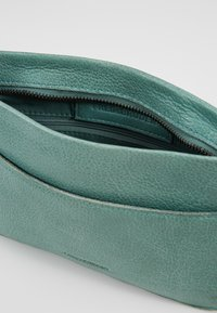 FREDsBRUDER - TINY - Across body bag - peppermint green - 4