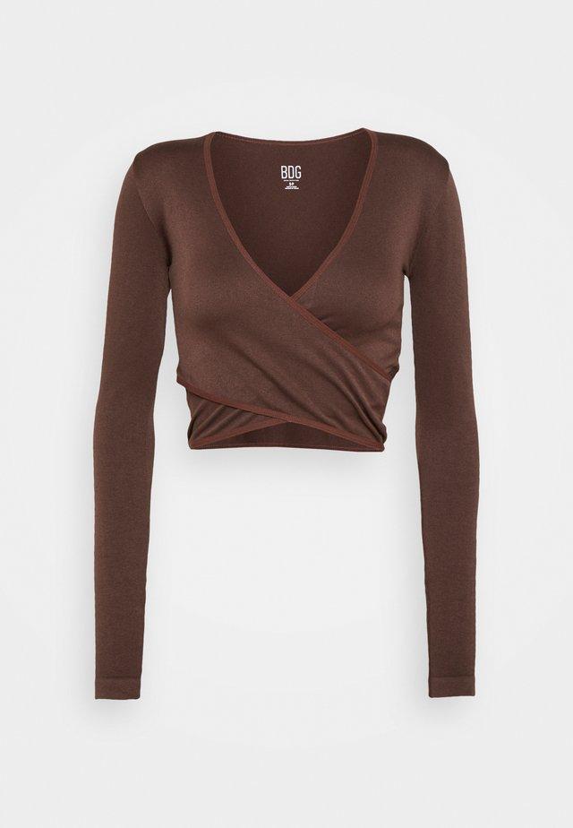 SEAMLESS BALET WRAP - Bluzka z długim rękawem - choc