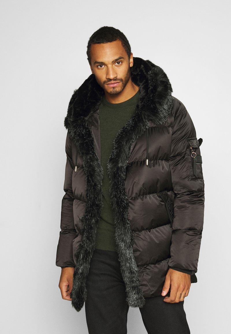 Glorious Gangsta - MAVIS  - Zimní kabát - black
