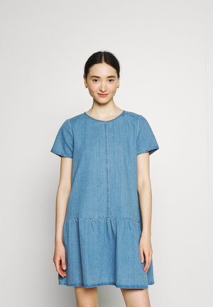 NMEMILIA DRESS - Denim dress - medium blue denim