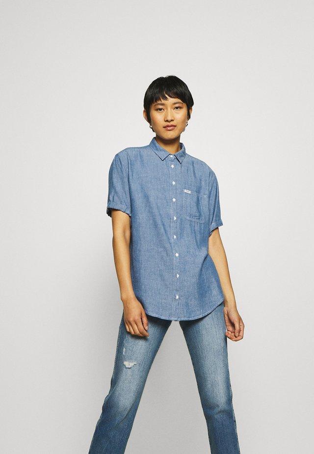 SUMMER - Button-down blouse - blue shadow
