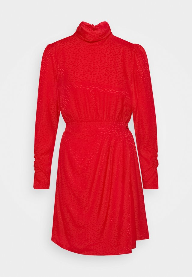 SKYLIE DRESS - Day dress - kissing red