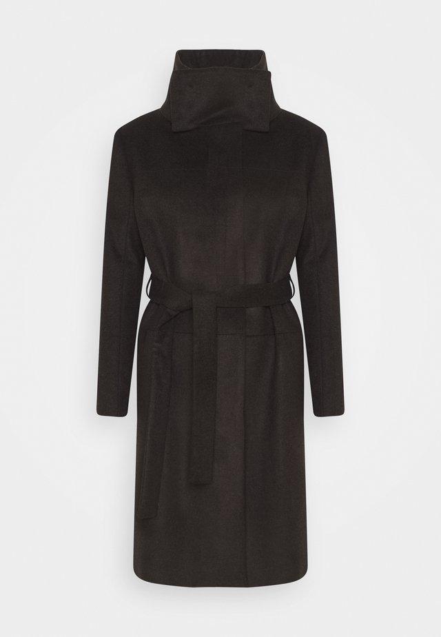 CORI - Zimní kabát - dark chokolate