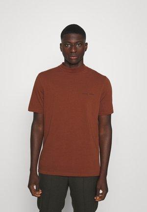 NORSBRO - Camiseta básica - cherry mahogany