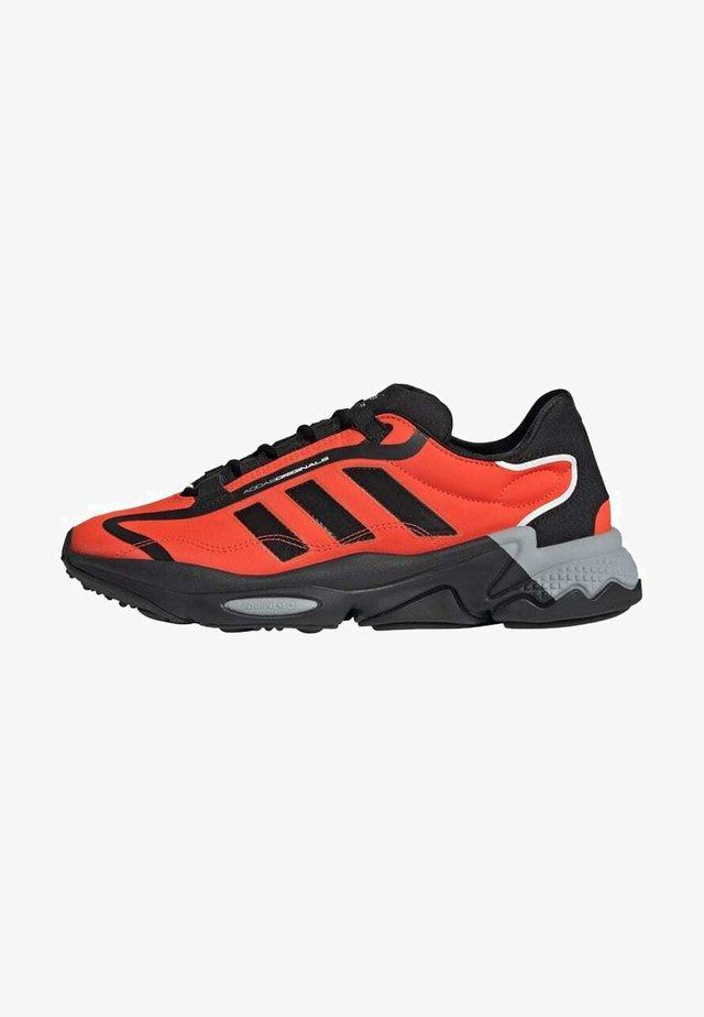 OZWEEGO PURE SHOES - Chaussures d'entraînement et de fitness - black