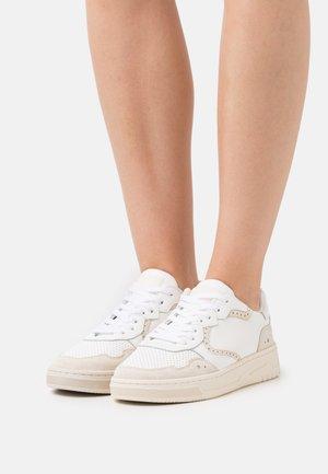 ELLI - Sneakersy niskie - offwhite