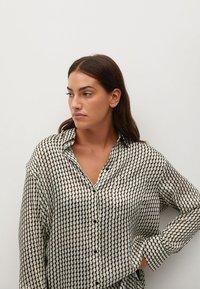 Violeta by Mango - TANIA - Button-down blouse - benvit - 3