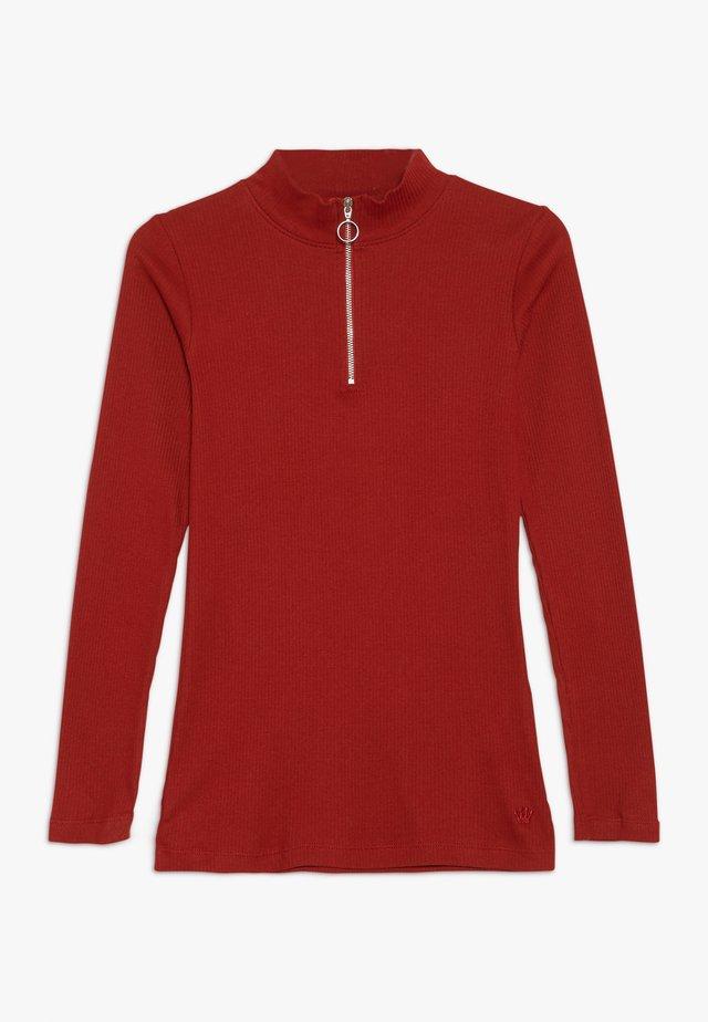 ISMA LONGSLEEVE - Langærmede T-shirts - rot
