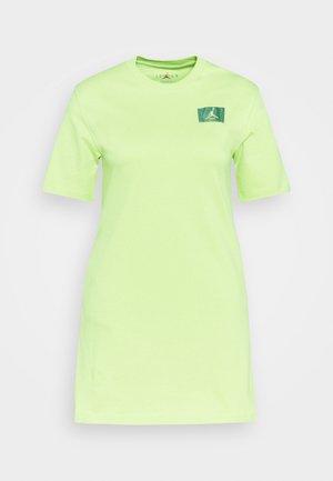 ESSEN DRESS - Jersey dress - limelight