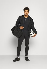 adidas Performance - TEAM BASE TEE - T-shirt à manches longues - black - 1