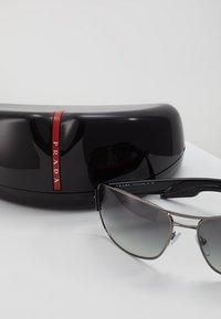 Prada Linea Rossa - Sluneční brýle - gunmetal - 3