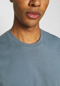 ARKET - T-shirts - turquoise - 4