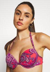 LASCANA - PUSH UP - Bikini top - red - 4