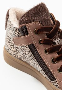 Friboo - High-top trainers - mauve - 2