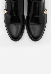 Jonak - DUSTA - Nazouvací boty - noir - 5