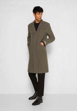 MATTHEW  - Classic coat - lichen green/mountain grey