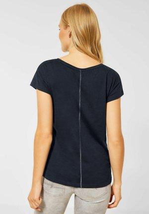 MIT FOLIEN  - Print T-shirt - blau