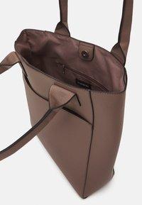 Even&Odd - Tote bag - taupe - 2