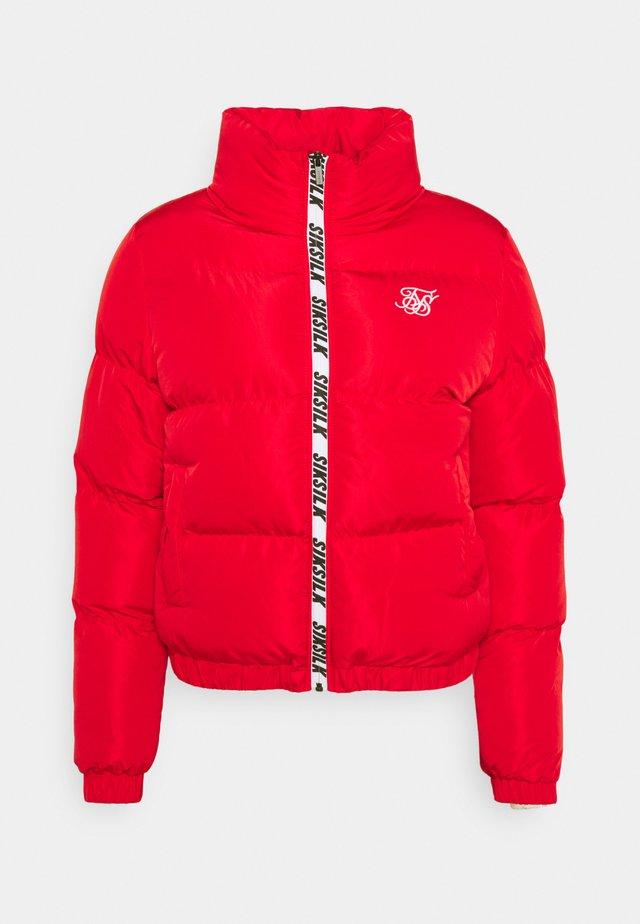 PRINTED TAPE PADDED CROP JACKET - Winter jacket - red