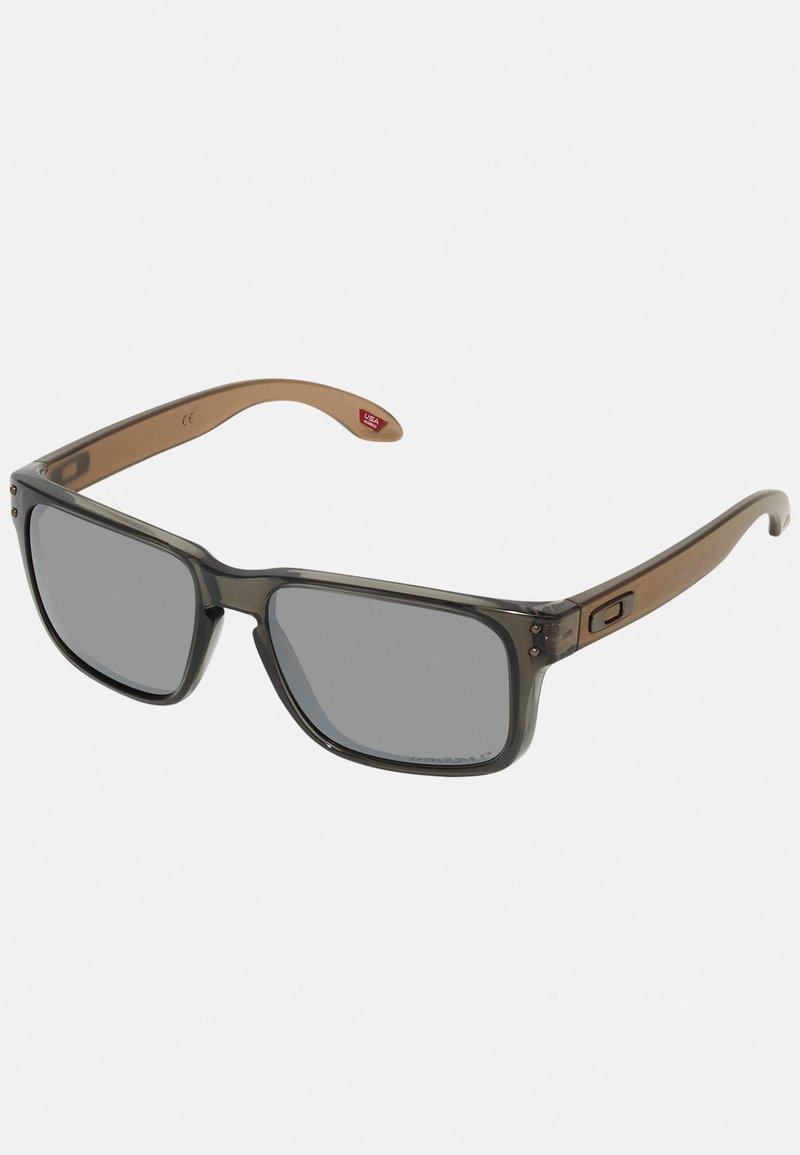 Oakley - HOLBROOK - Sonnenbrille - translucent grey smoke
