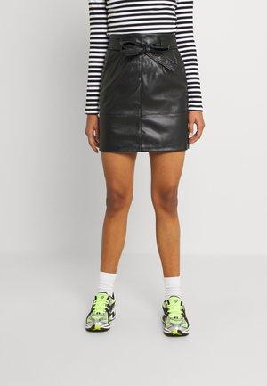 VIHUA TIE BELT SKIRT - Mini skirt - black