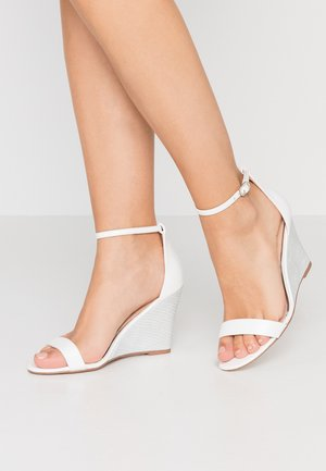 DAKOTA - High heeled sandals - white/silver