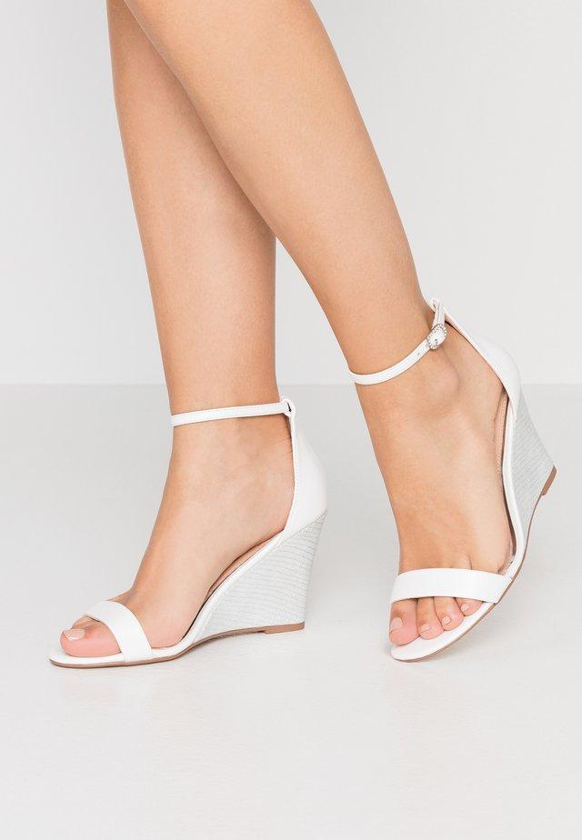DAKOTA - High heeled sandals - white/silver