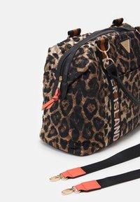 River Island - Weekend bag - brown - 4