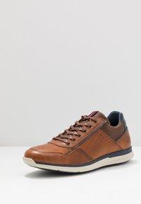 Bullboxer - Sneakers laag - cognac - 2