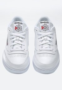 Reebok Classic - CLUB C 85 SHOES - Zapatillas - white - 4
