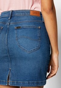 Lee - MID SKIRT - Gonna di jeans - mid bellevue - 5