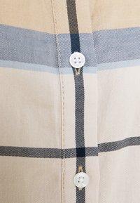 Barbour - BREDON REGULAR FIT - Košile - blue mist - 8