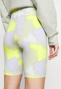 Nike Sportswear - Shorts - barely green - 5