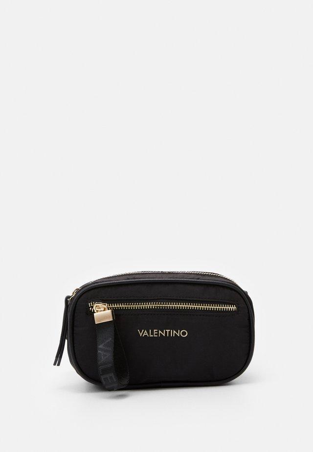 REGISTAN - Bæltetasker - nero
