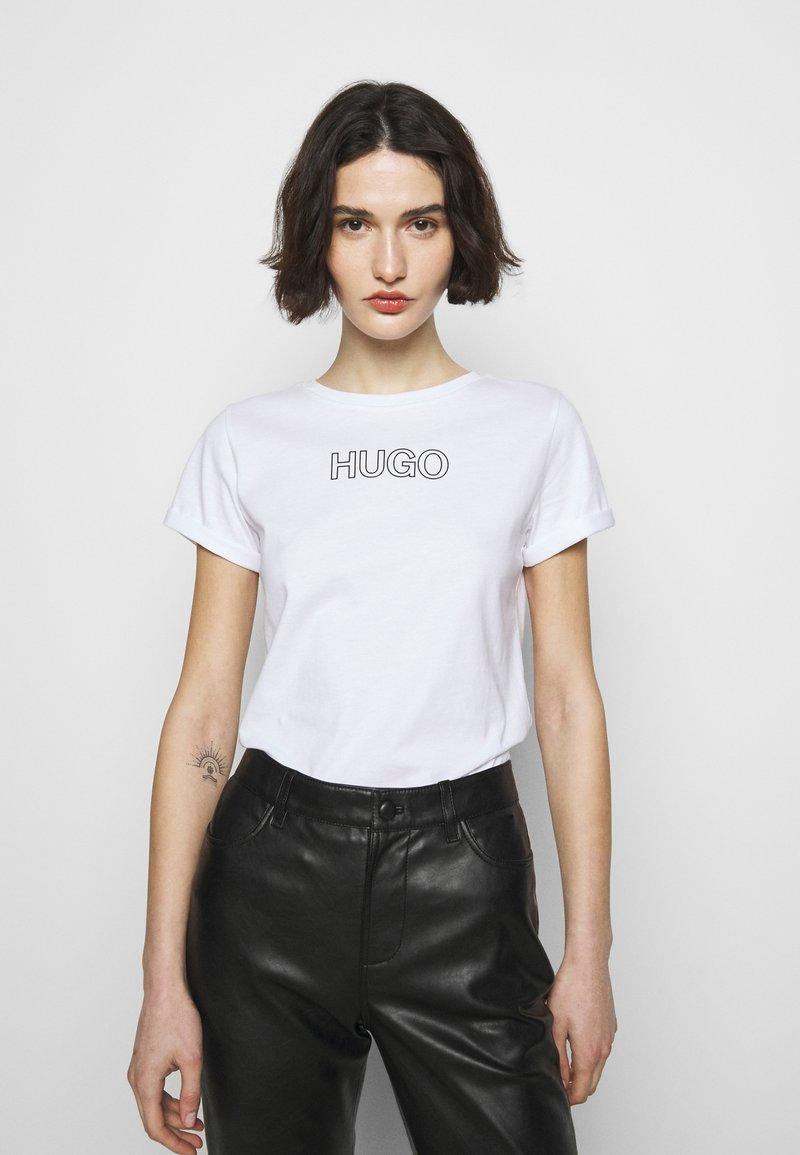 HUGO - THE SLIM TEE - Print T-shirt - white