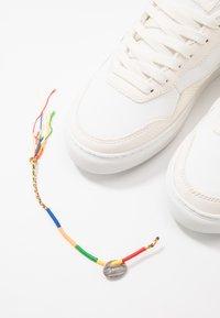 Genesis - SOLEY UNISEX - Sneakersy niskie - white/green/black - 5