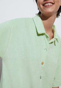 OYSHO - Button-down blouse - light green - 1