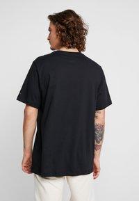 Jordan - CREW - Print T-shirt - black - 2